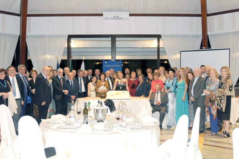 Rotary Club Foggia_Passaggio del martelletto