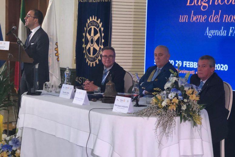 L'AGRICOLTURA: UN BENE DEL NOSTRO TERRITORIO. Forum Distrettuale del Rotary Club a Foggia