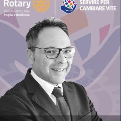 https://www.rotary2120.org/wp-content/uploads/2021/07/lau-500x500.jpg